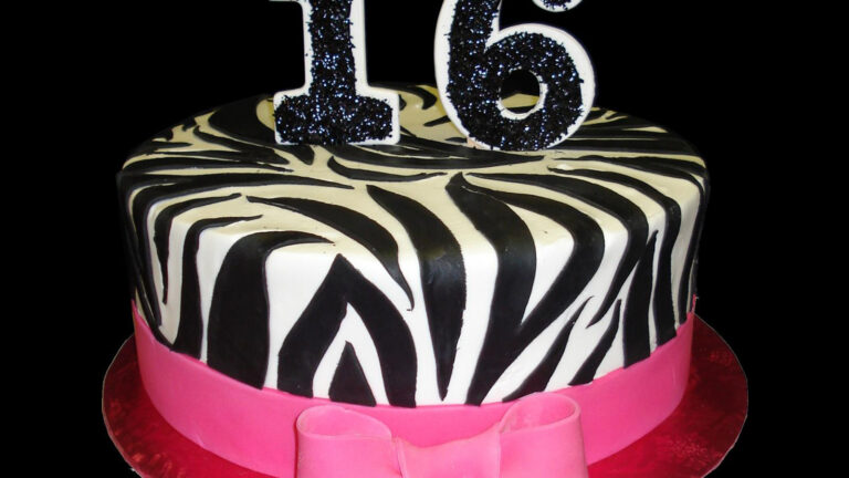 Sweet Sixteen Cakes Design Ideas