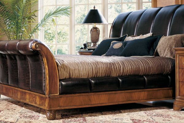 Leather Sleigh Bed, Look Very Classy and Elegant