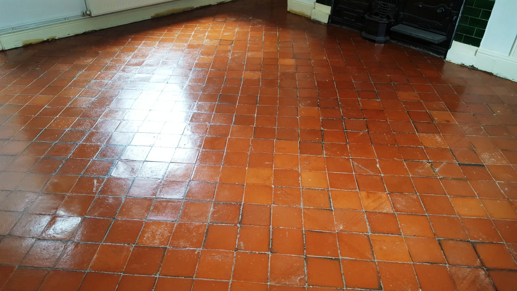 Deciding to Apply the Quarry Tile Flooring