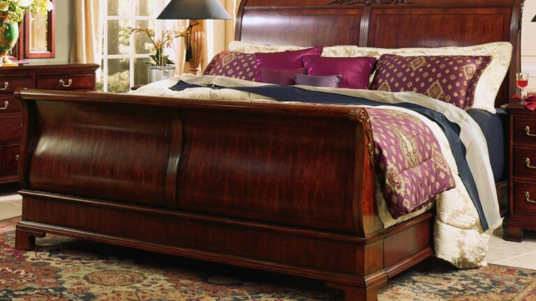 Full Size Sleigh Bed for Your Bedroom
