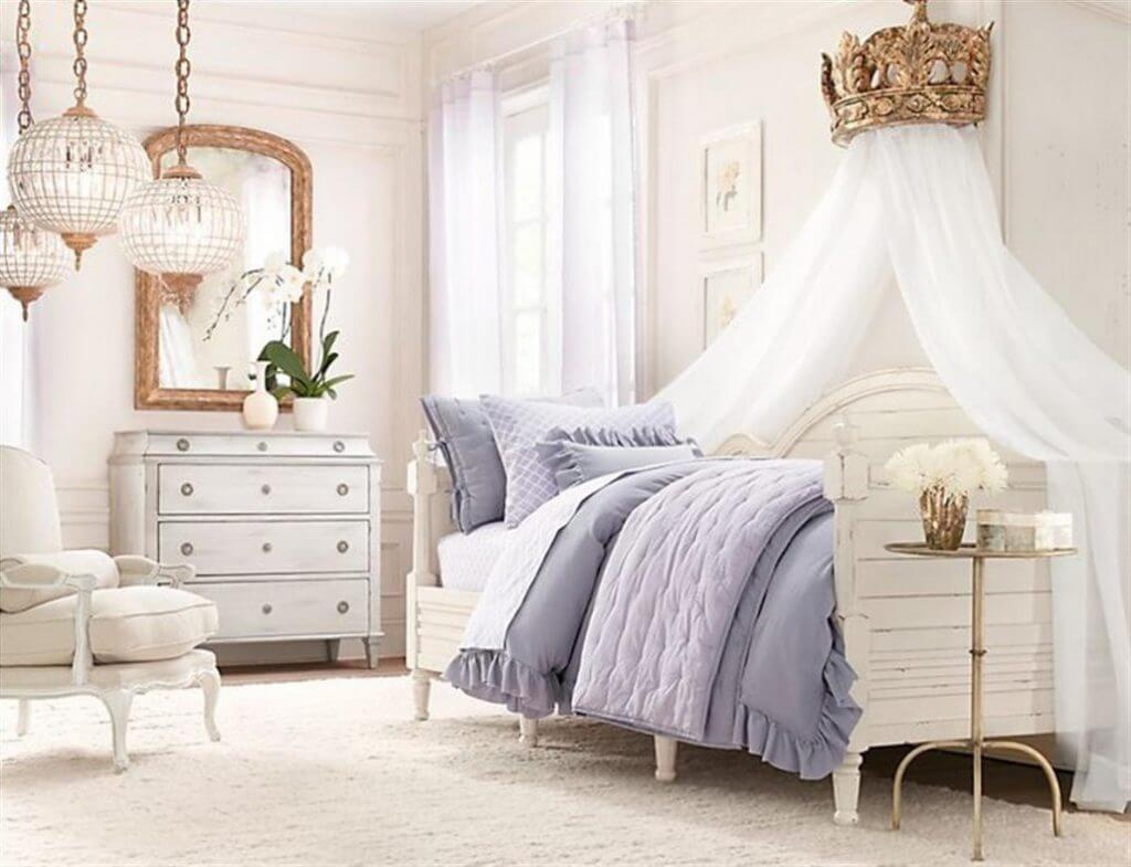 Princess Canopy Bed for Your Daughters' Room