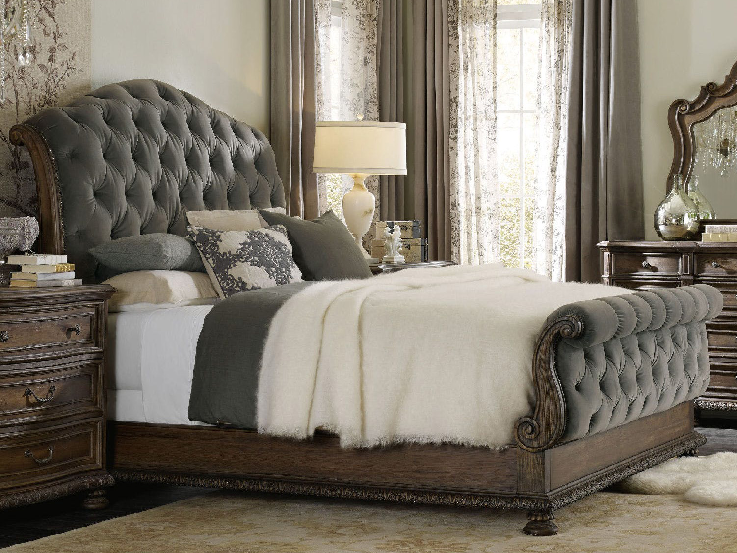 Tufted sleigh bed design idea