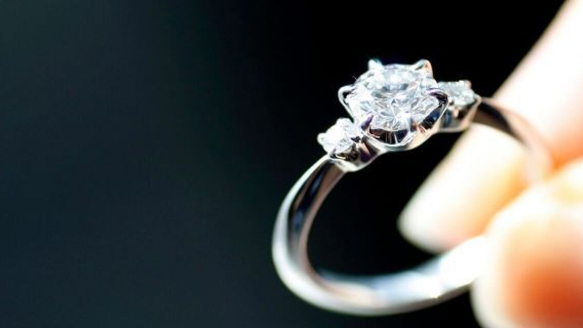 Engagement Ring Insurance: How to Get It