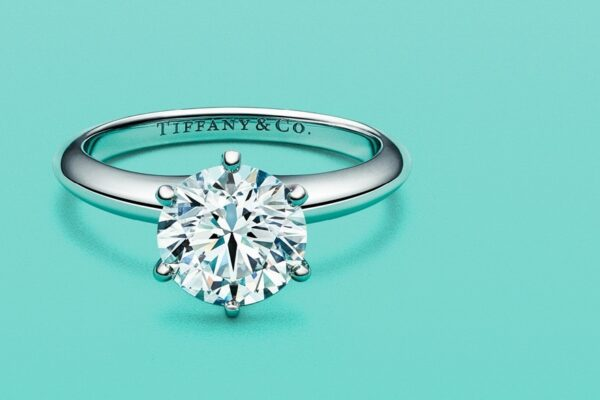Engagement Rings Tiffany: The Glamorous Style