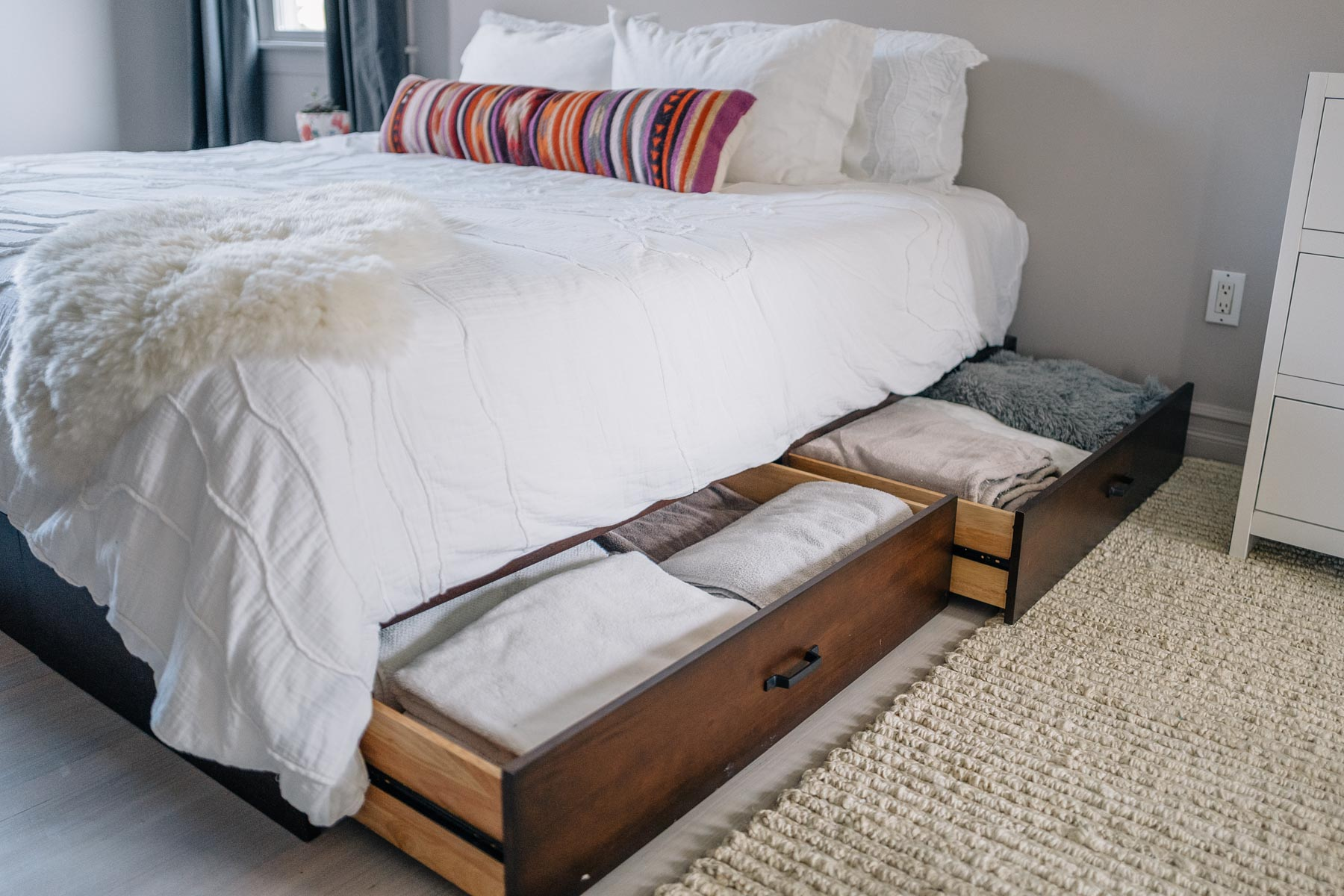 Underbed Storage That Save Space Brilliantly