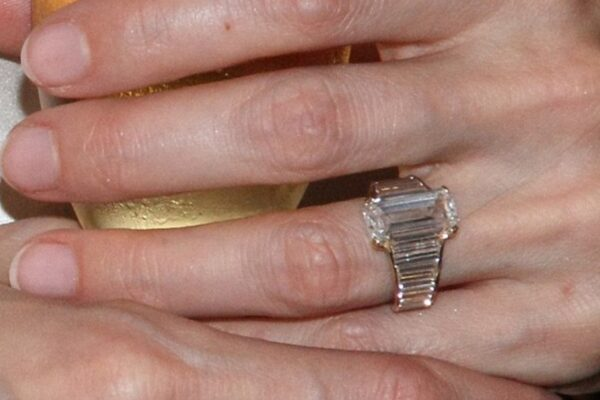 Angelina Jolie Engagement Ring Review