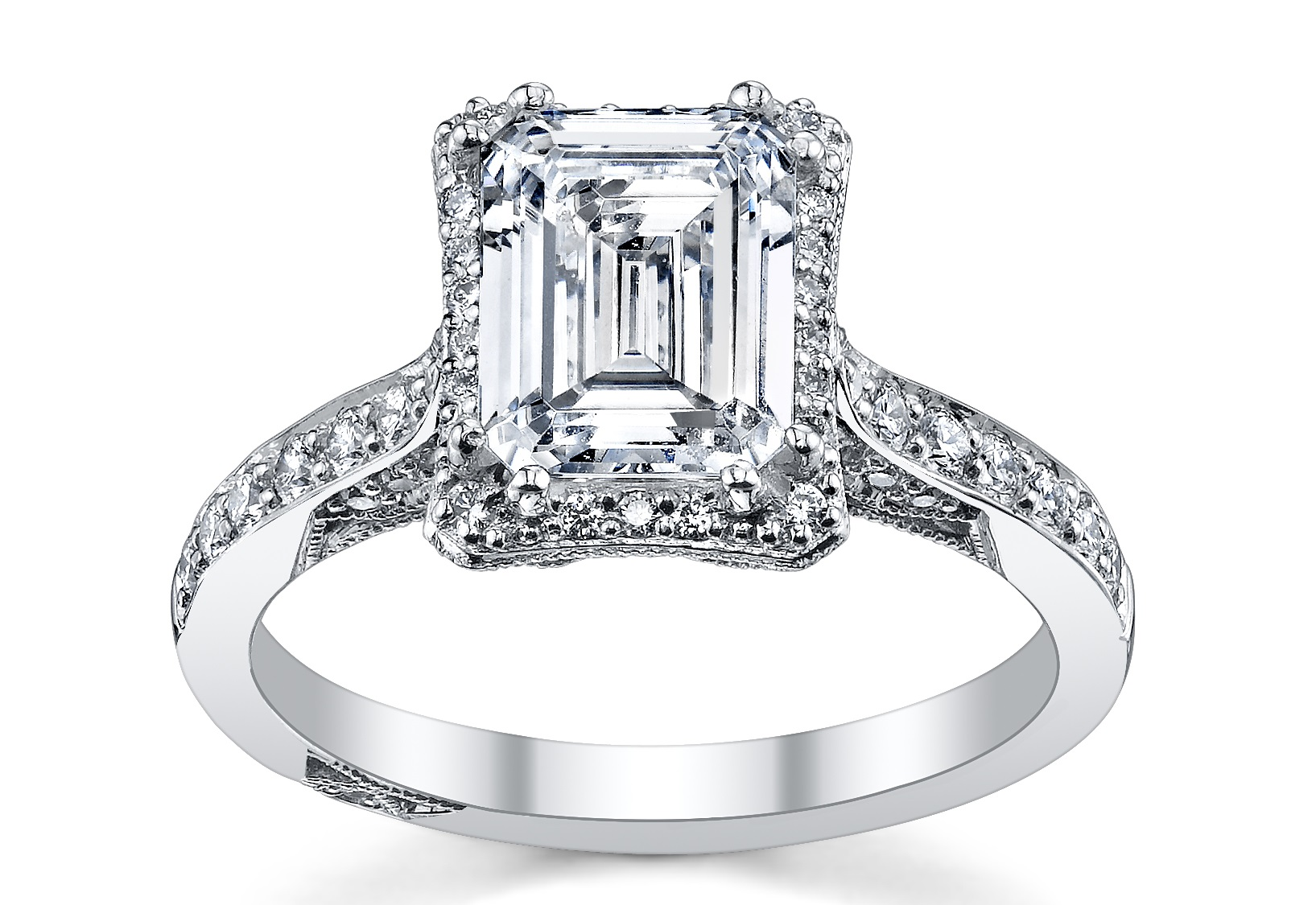 Harry Winston Engagement Ring: How to Pick the Metal Type