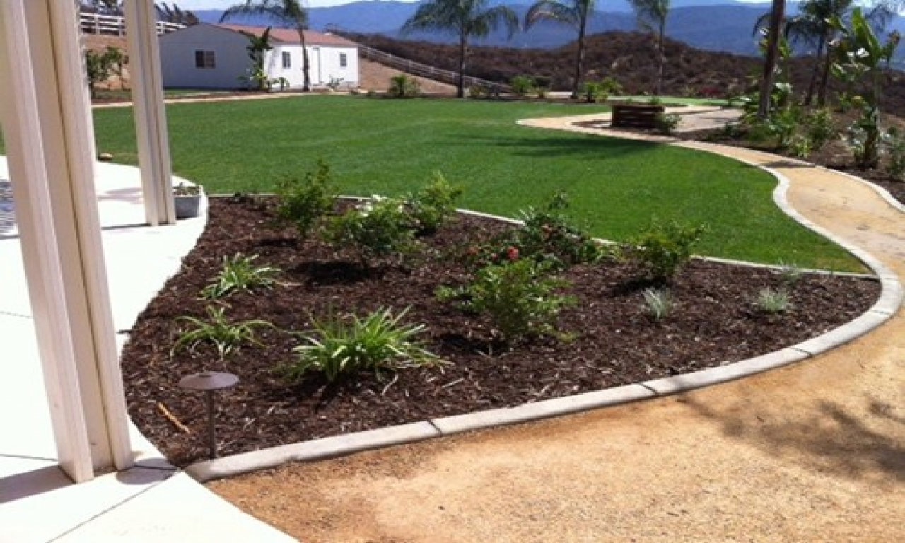 Landscape Edging That Will Define Your Garden