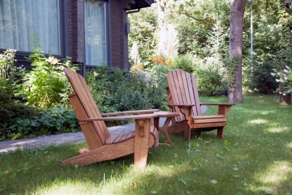 The Disadvantages of Buying Adirondack Chairs in Online Stores