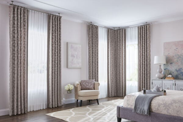 The Difference between Curtains and Drapes