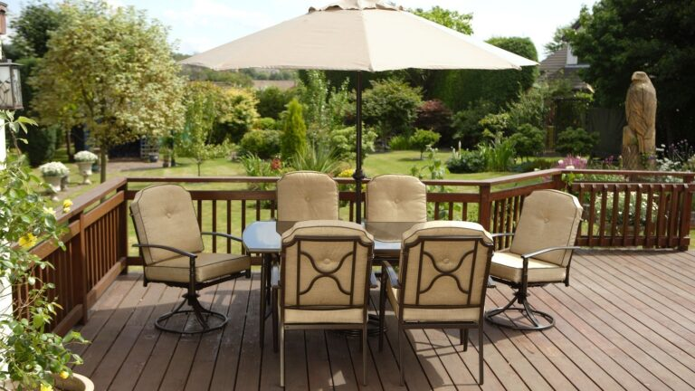 Attract the Birds with Backyard Patio Designs