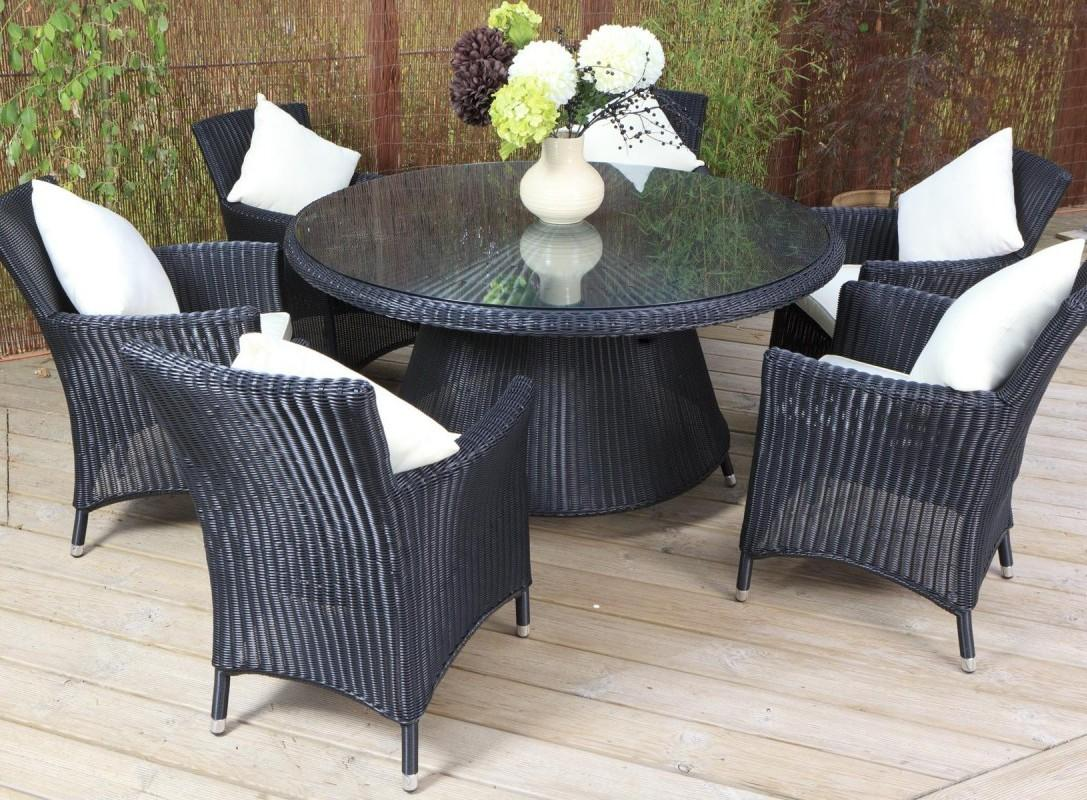 patio table and chairs idea