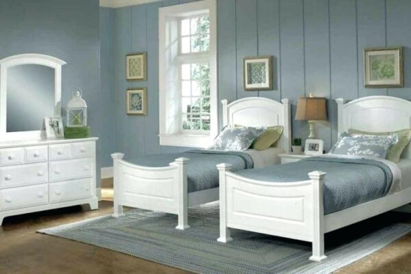 Applying the Twin Bedroom Sets in Three Principals